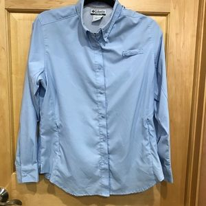 Columbia snap front top long sleeves
